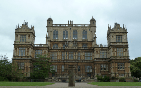 Wollaton Hall & Deer Park – Elizabethan Mansion in the Heart of Nottingham [Photos]