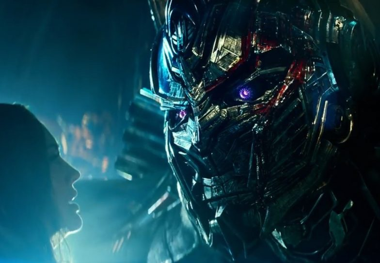Transformers: The Last Knight Review – An Action Rollercoaster Making Little Sense